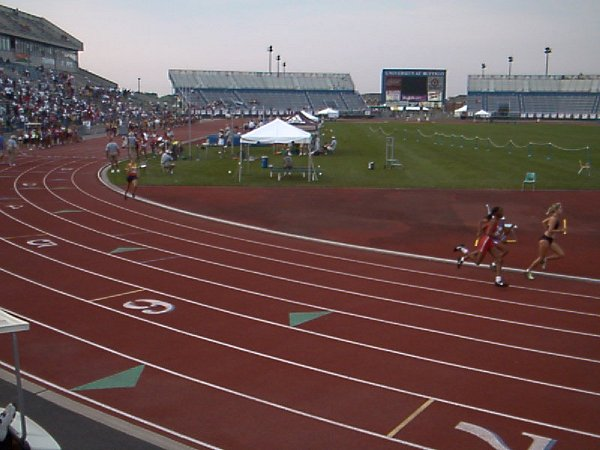 Mackenzie Shreve, Youth Girls 4x800 meter relay, 10:11.70, 9th